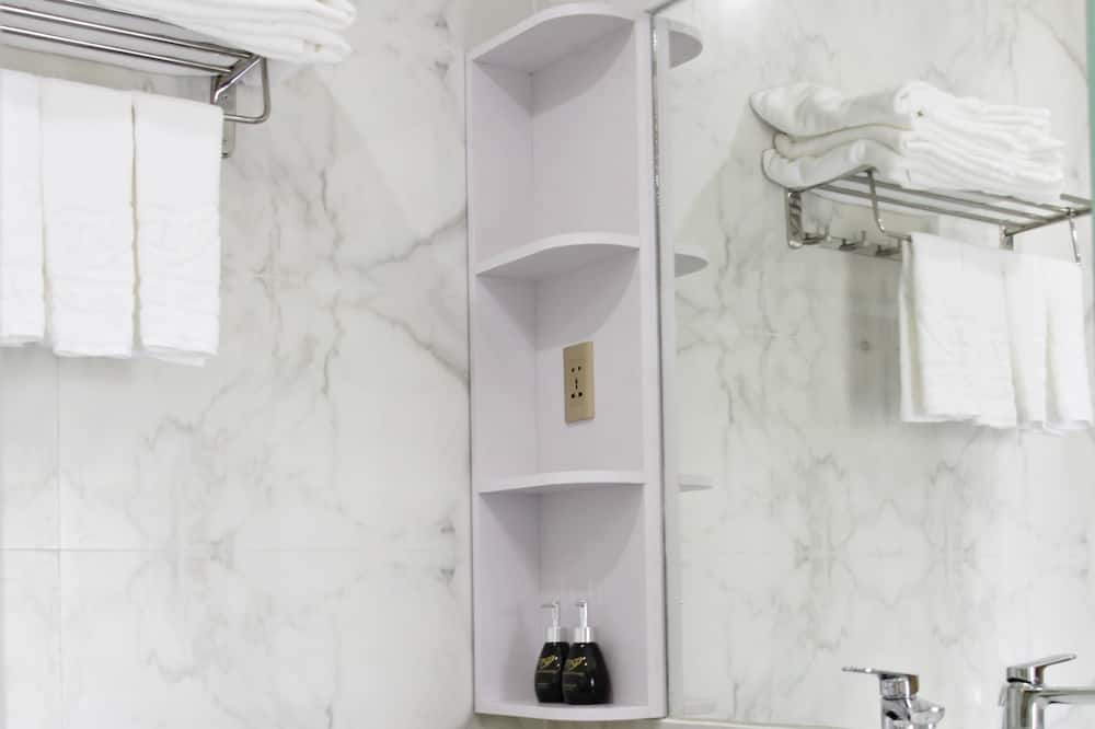 Familienzimmer (Superior) - Badezimmer