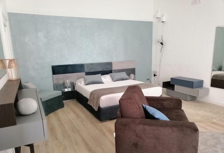 Bari 102 B&B in centro, בארי, חדר דה-לוקס זוגי (1), חדר אורחים