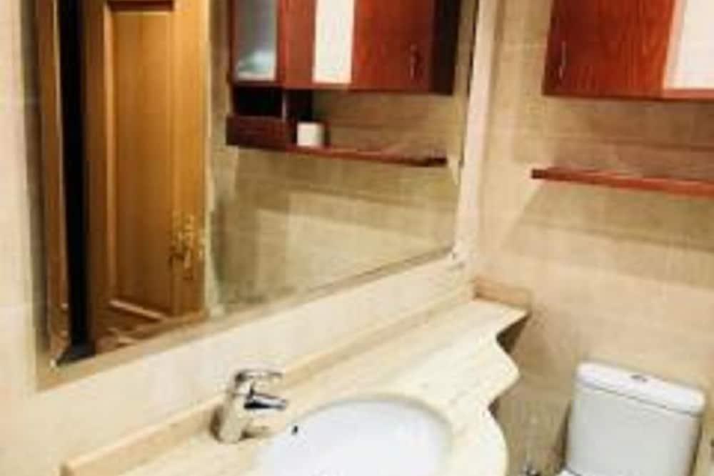 Apartmán, 3 ložnice - Koupelna