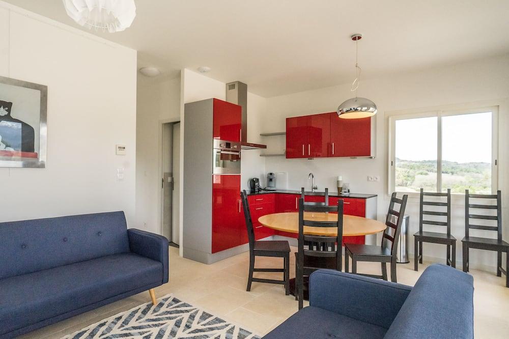 Maison Familiale - Restauration dans la chambre