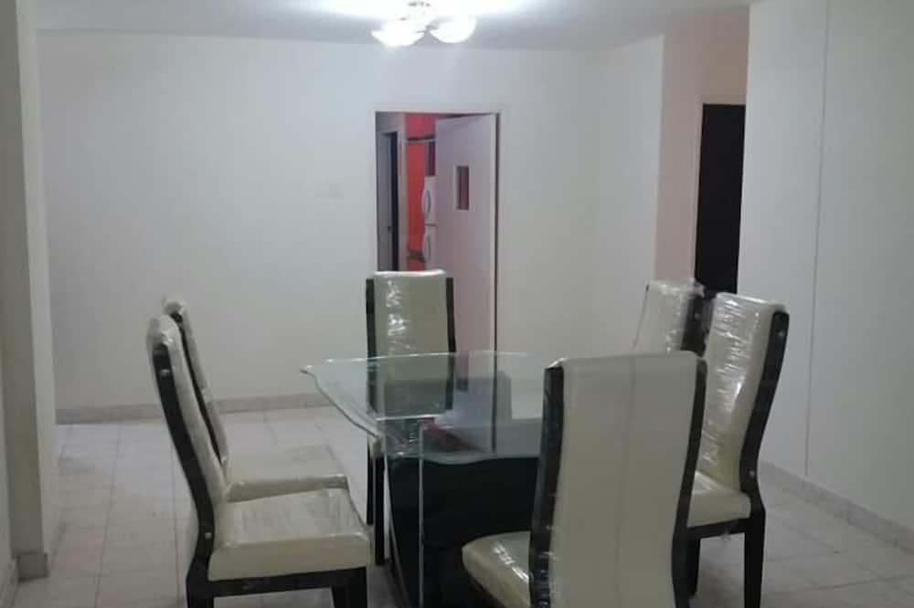 Family Διαμέρισμα, Περισσότερα από 1 Κρεβάτια, Θέα στην Πόλη - Γεύματα στο δωμάτιο
