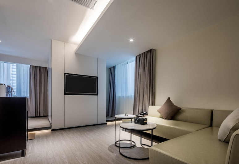 Innogo Hotel, Shenzhen, Deluxe Room with Tatami-bed, Living Room