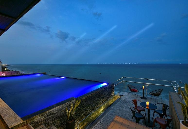 The Marron Hotel, Sam Son, Outdoor Pool