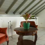 Keturvietis kambarys su patogumais - Svetainės zona