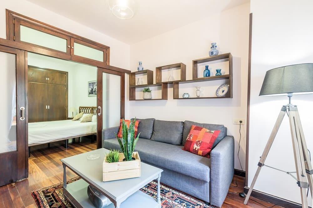 Apartment, 3 Bedrooms, Terrace - Living Room