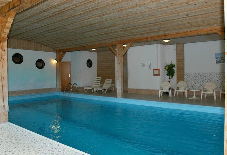 Gasthof Pension Sonnenberg, Weilrod, Indoor Pool