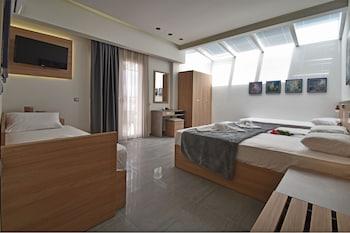 Foto Dafni Plus Hotel di Dio-Olympos