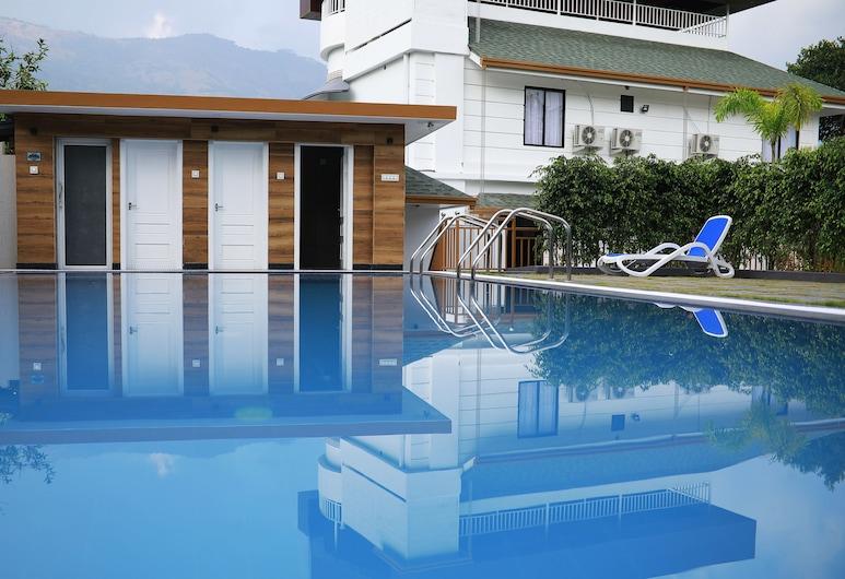 Hotel Star Emirates, Devikolam