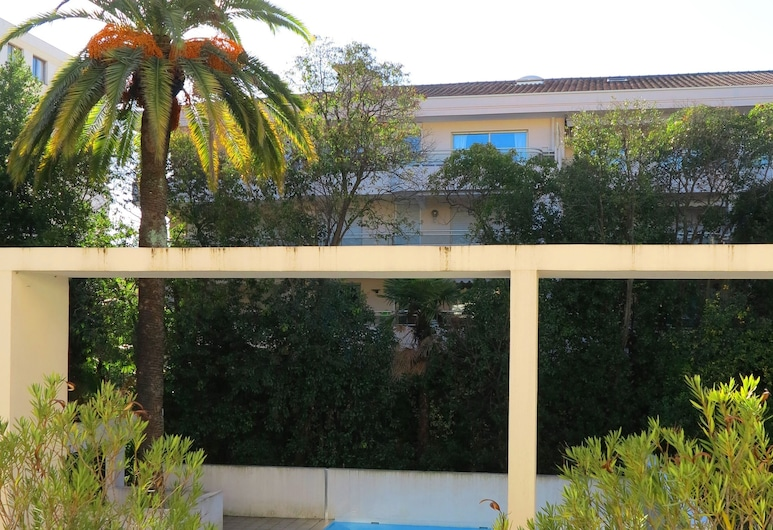 Viva Riviera Nice and Quiet 1 Bedroom with swimming pool , Cannes, Útilaug