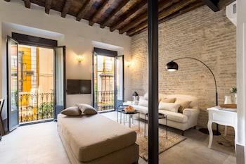 Imagen de Oak & Sandstone Studio Overlooking Cathe en Sevilla