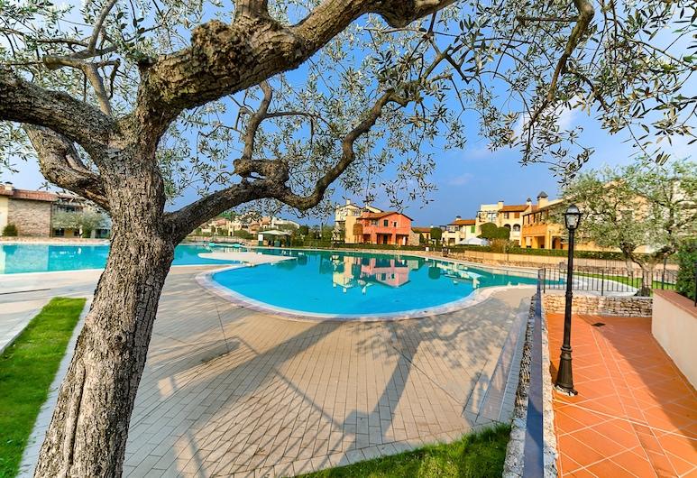 奇卡加尔达酒店, 佩斯基耶拉 , 游泳池