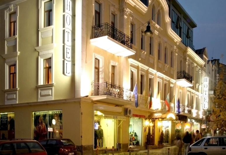 Sveta Sofia Hotel, Sofia, Hotel Front – Evening/Night