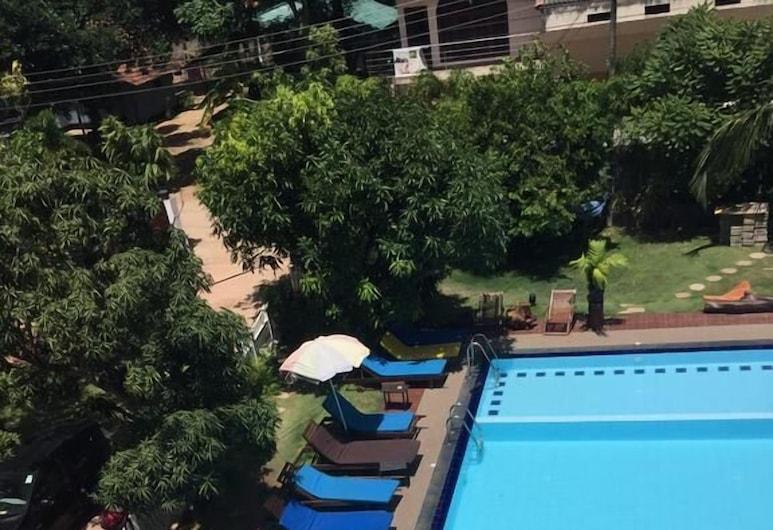 Wind Mill Villa Hotel, Negombo, Outdoor Pool