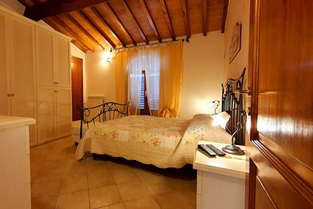 Apartment, 2 Bedrooms (Giovanna) - Room