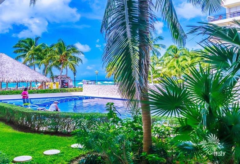 Ixchel 2BD suite by Skyrun, Isla Mujeres, Pool