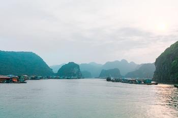 A(z) Halong Fantasea Cruise hotel fényképe itt: Hạ Long