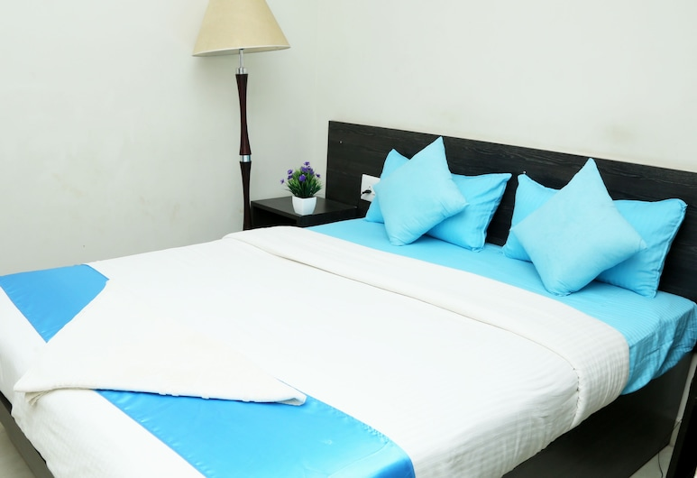 Orange Corner Bangalore international airport, Bengaluru, Superior Twin Room, 2 Twin Beds, Guest Room