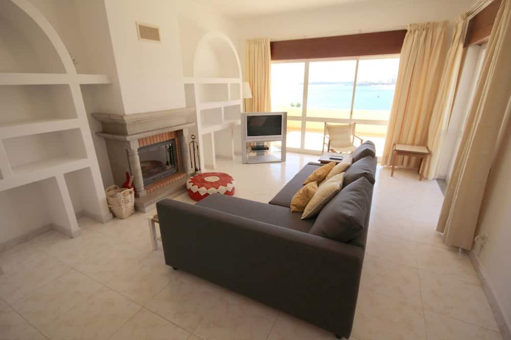 Villa, Multiple Bedrooms - Living Room