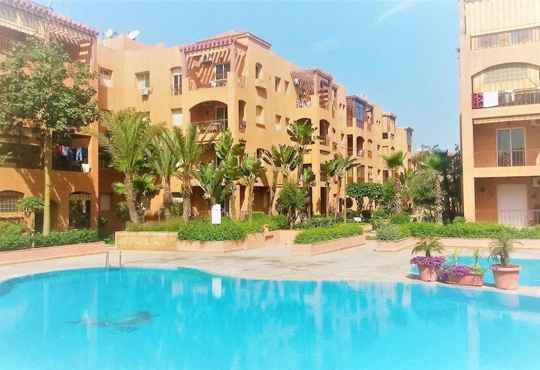 Apartment With one Bedroom in Mohammedia, With Shared Pool and Enclosed Garden - 300 m From the Beach, El Mansouria, Sundlaug