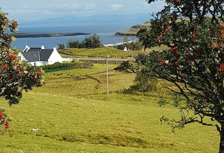 Staffin Bay View, Portree, Room