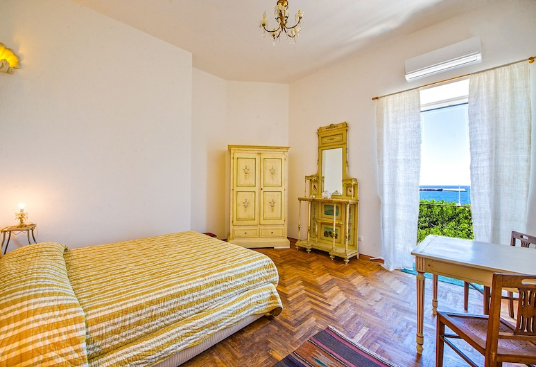 Amazing Sea View in Historic Building , Palerme, Appartement, 1 chambre, vue mer, Chambre