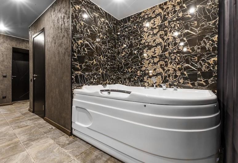 Grey Hotel, Moskva, Suite – luxury, 1 kingsize-seng, Gjesterom