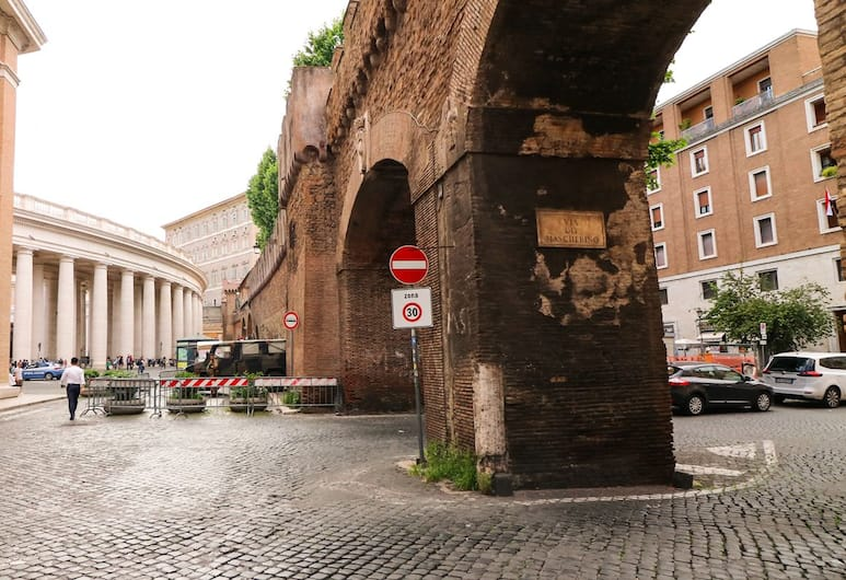 BorgoNove, רומא, אזור חיצוני