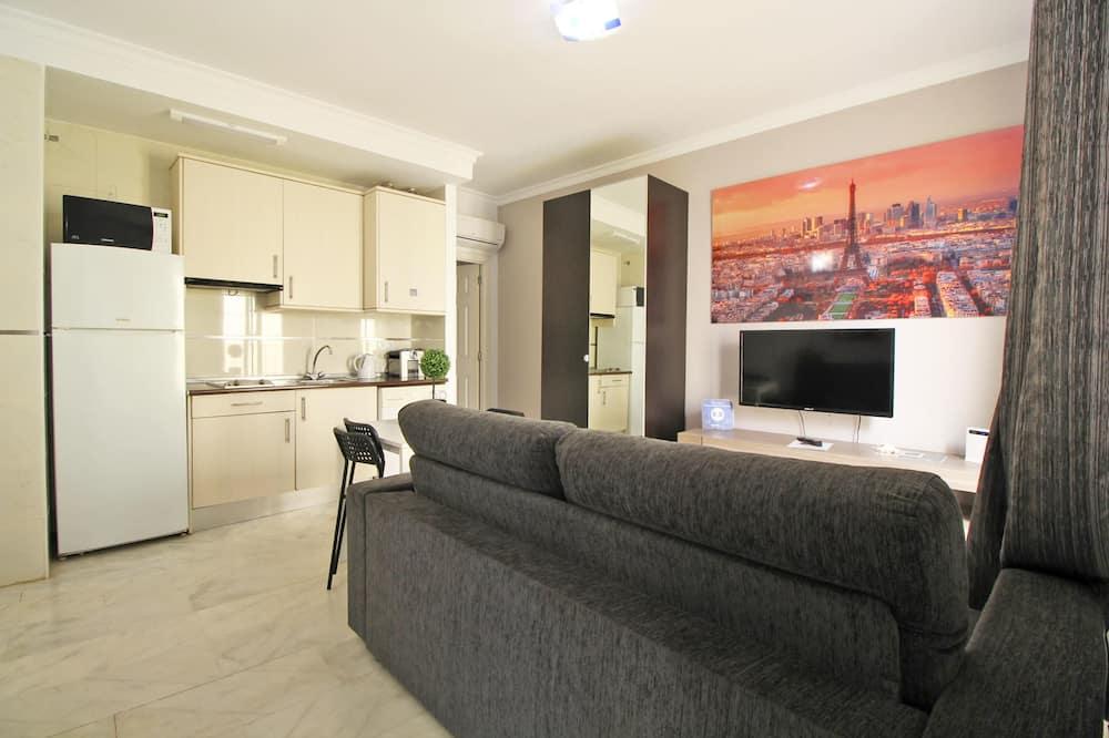 Міські апартаменти, 1 спальня, кухня - Житлова площа