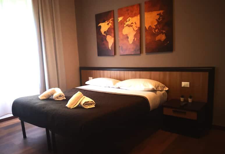 House in Rome Guesthouse, Rom, Comfort Triple Room, 1 Bedroom, Private Bathroom, City View (5), Bilik Tamu