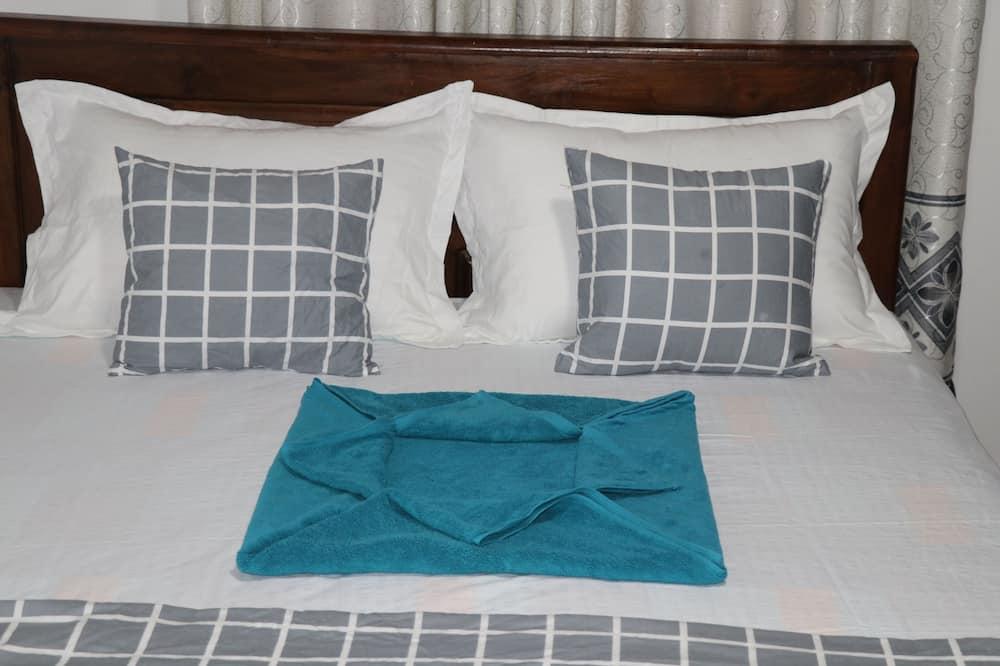 Deluxe Double Room, Lake View - Bilik Tamu