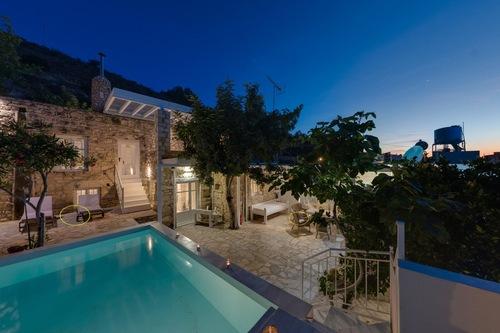 排他的な天然石の別荘、快適さ、豪華さと伝統、プライベートプール/