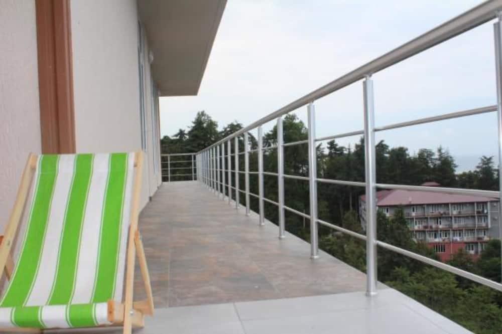 Apartemen Keluarga, pemandangan laut - Balkon