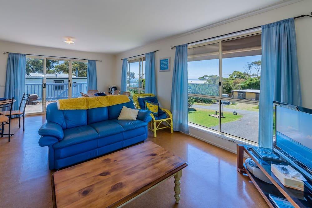 Casa, 3 habitaciones (1 Queen, 2 Singles, 1 Tri-bunk) - Sala de estar