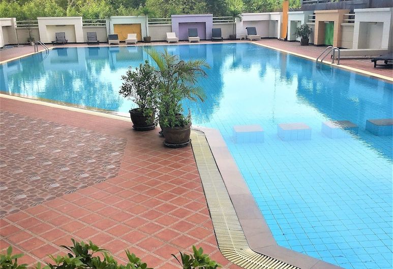 Poolview Condo Rentbuythailand, Pattaya, Apartment, 1 King Bed, Pool