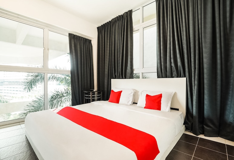 OYO 993 88 Mario's, George Town, Deluxe Double Room, Guest Room