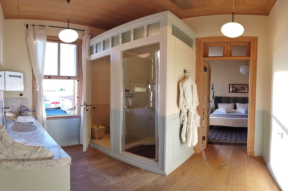 Junior Suite, 1 Bedroom - Guest Room
