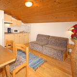 Apartment, 1 Bedroom (incl. 65 EUR Cleaning Fee) - Living Area