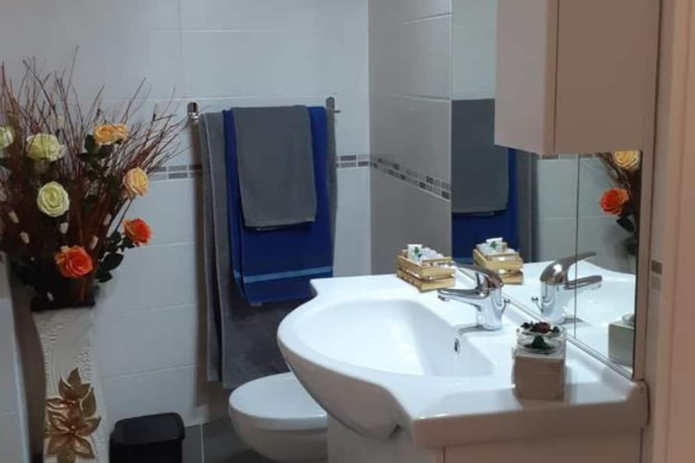 Habitación doble Deluxe, 1 cama Queen size (arancione) - Baño