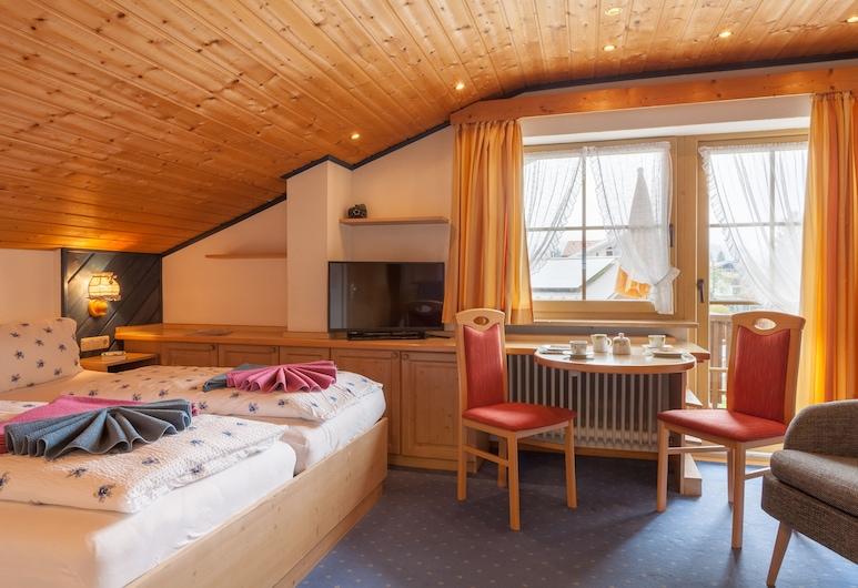 Ferienhotel Sonnenheim, Оберстдорф, Класичний двомісний номер, з видом на гори, Житлова площа