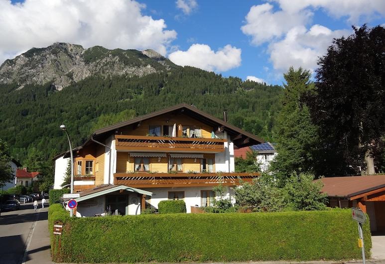 Ferienhotel Sonnenheim, Oberstdorf, Buitenkant