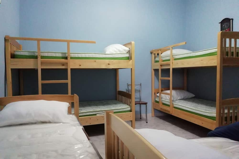 Wspólny pokój wieloosobowy - Powierzchnia mieszkalna