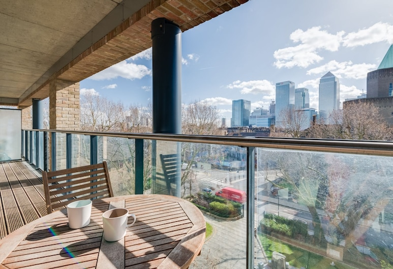 Stylish Canary Wharf Home by The Docklands, London, Apartment, 2 Bedrooms, Balcony