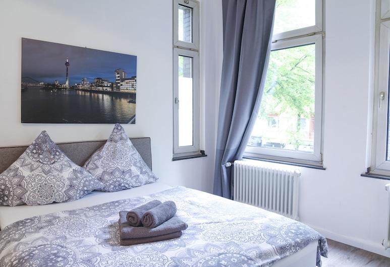 dreams Düsseldorf, Düsseldorf, Classic Double Room, Balcony, Bilik Tamu