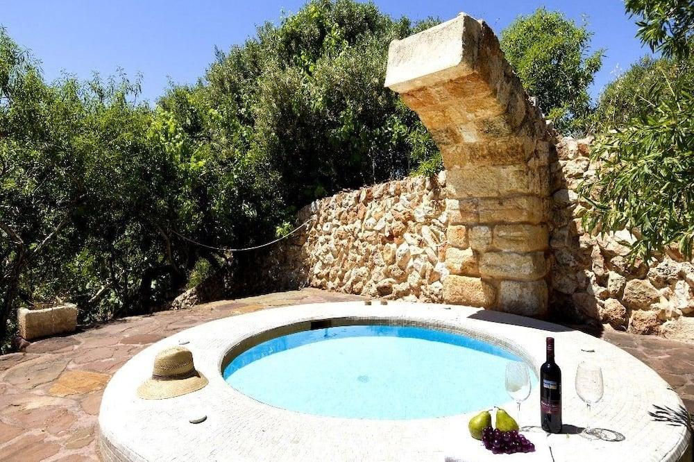 منزل - ٣ غرف نوم - بمسبح خاص - حوض سباحة خاص