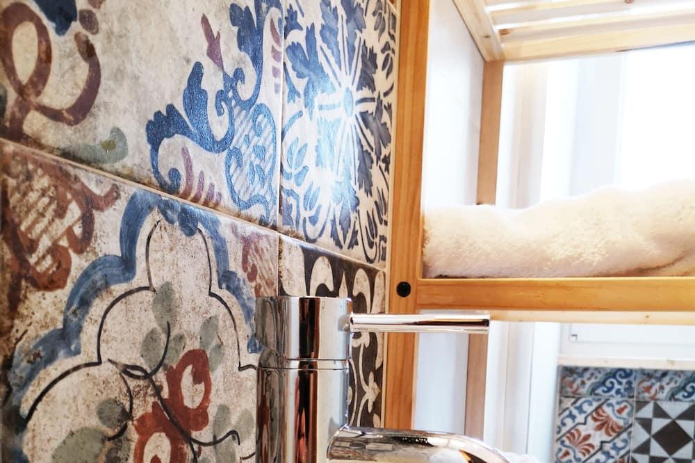 Ferienhaus, 2Schlafzimmer - Badezimmer