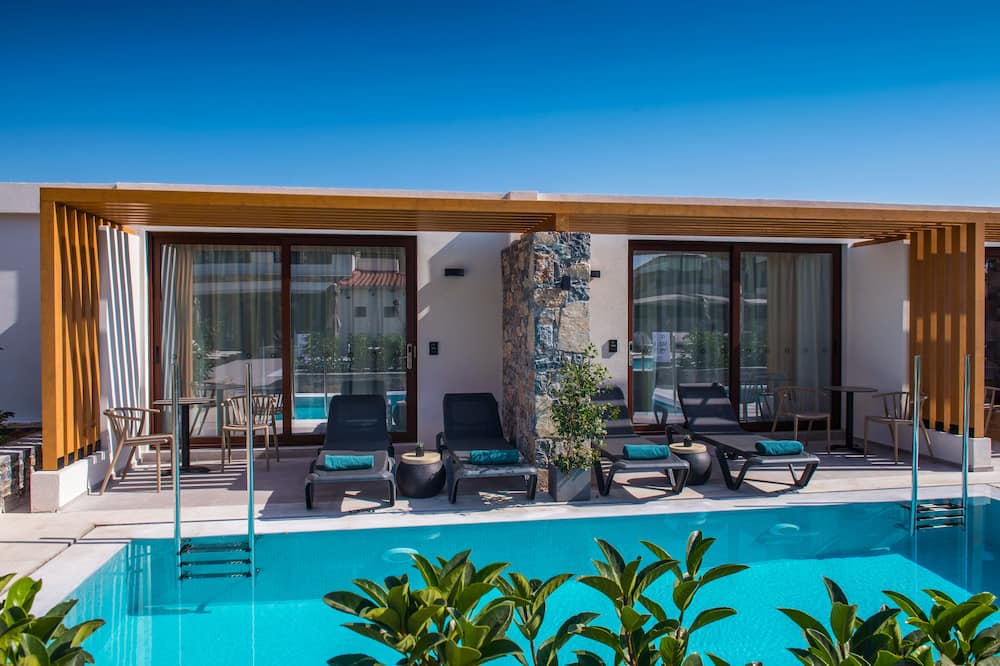 Suite, Private Pool (Interconnecting) - Private pool