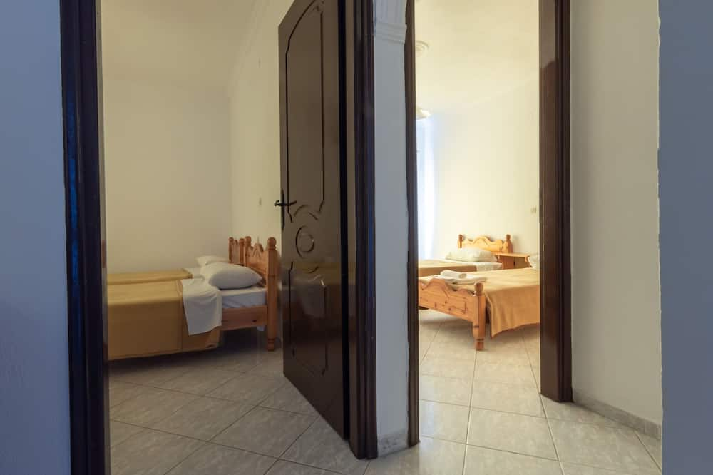 スタンダード 4 人部屋 - 客室