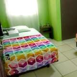 Standard Triple Room, Multiple Beds - Guest Room