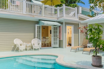 Enter your dates for our Key West last minute prices