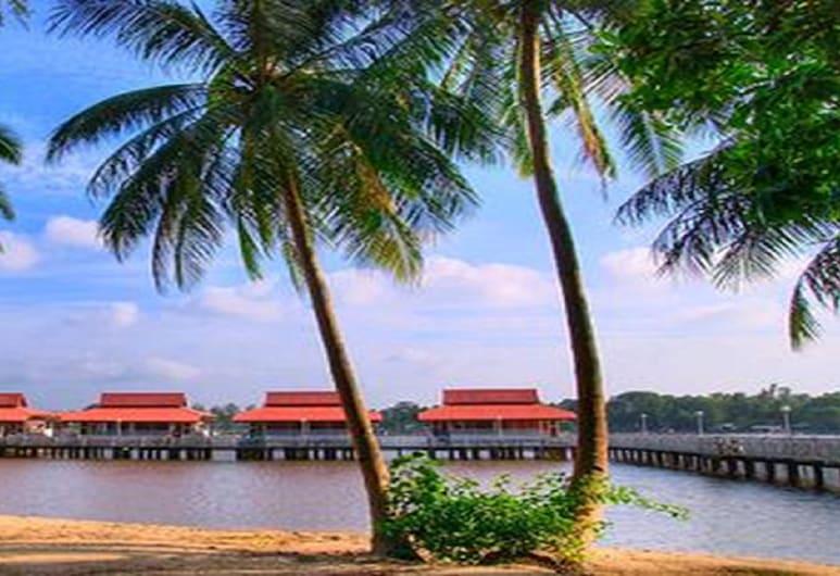 H Elite Design Hotel, Kota Bharu, Pláž